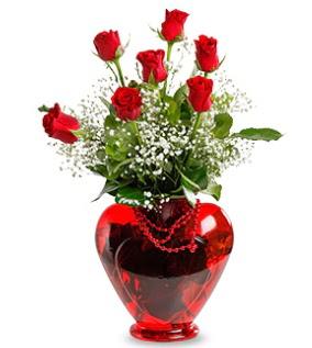 Kalp cam içinde 7 adet kırmızı gül  Eryaman çiçekçi telefonları eryaman çiçek