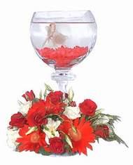 Eryaman çiçekçiler çiçek online çiçek siparişi  Kadehte estetik aranjman