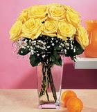 Eryaman çiçekçi  çiçek , çiçekçi , çiçekçilik  9 adet sari güllerden cam yada mika vazo