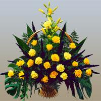 Eryaman çiçekçi ankaraya çiçek yolla çiçekçiler  17 adet sari gül ve sari kir çiçekleri
