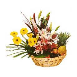 Karisik meyva sepeti ve çiçekler  Eryaman çiçek gönder çiçek servisi , çiçekçi adresleri