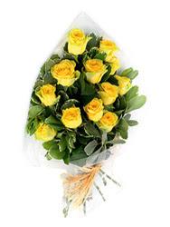Ankara Eryaman çiçek siparişi vermek  12 li sari gül buketi.