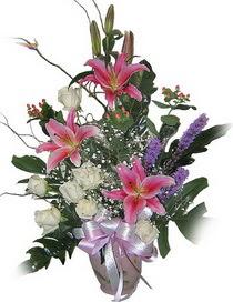 Eryaman çiçek siparişi hediye çiçek yolla  Görsel aranjman tanzimi - Görsellikte son sinir -