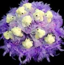 11 adet pelus ayicik buketi  Eryaman İnternetten çiçek siparişi
