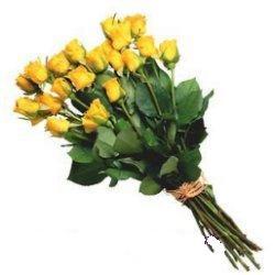 Eryaman çiçekçiler çiçek online çiçek siparişi  12 adet sari gül buketi özel