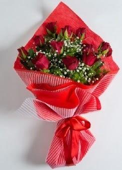 11 adet kırmızı gülden buket  Ankara Eryaman çiçek mağazası , çiçekçi adresleri