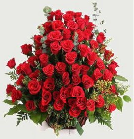 Kız isteme söz nişan çiçek sepeti 101 gül  Ankara Eryaman yurtiçi ve yurtdışı çiçek siparişi