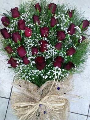 33 Adet gülden kız isteme çiçeği buketi  Eryaman çiçek gönderme sitemiz güvenlidir