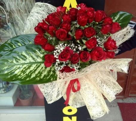 41 adet kırmızı gül Kız isteme çiçeği buketi  Eryaman çiçek güvenli kaliteli hızlı çiçek