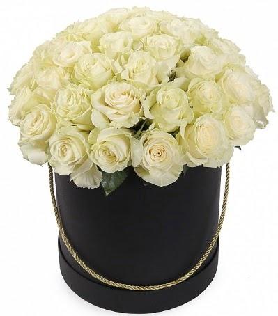 33 Adet beyaz gül özel kutu içerisinde  Eryaman çiçekçi  çiçek , çiçekçi , çiçekçilik
