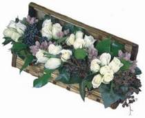Eryaman Ankara ucuz çiçek gönder  13 adet beyaz sandikta gül